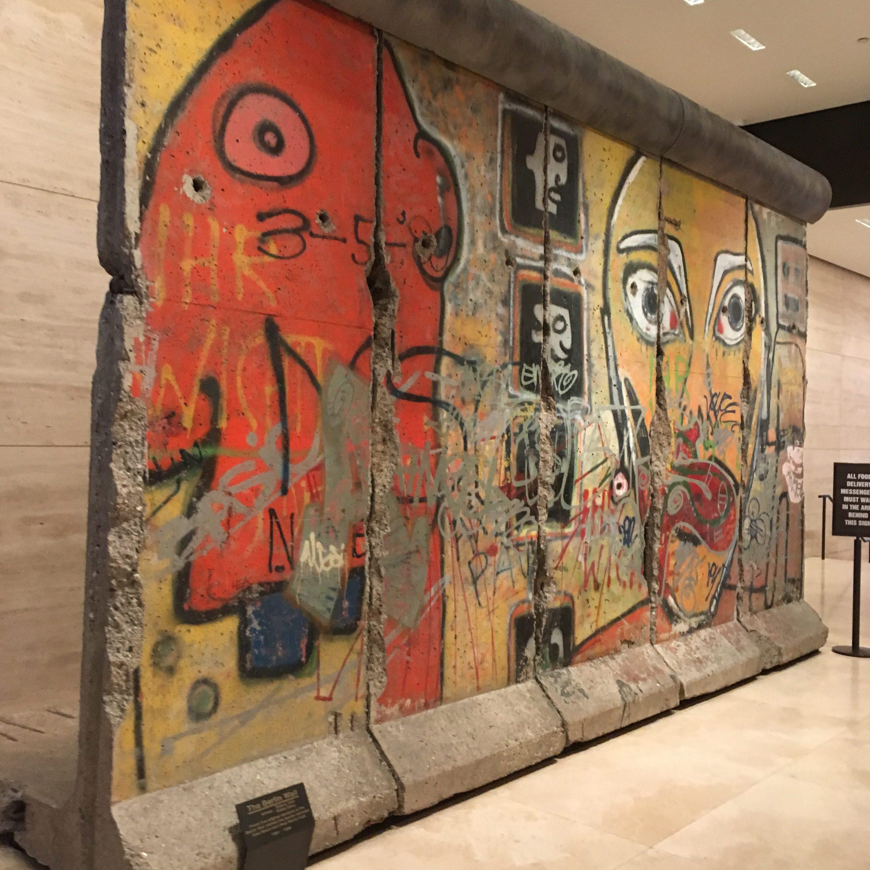 De Berlijnse Muur in New York bezoeken